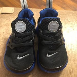 Toddler Nike  presto shoes
